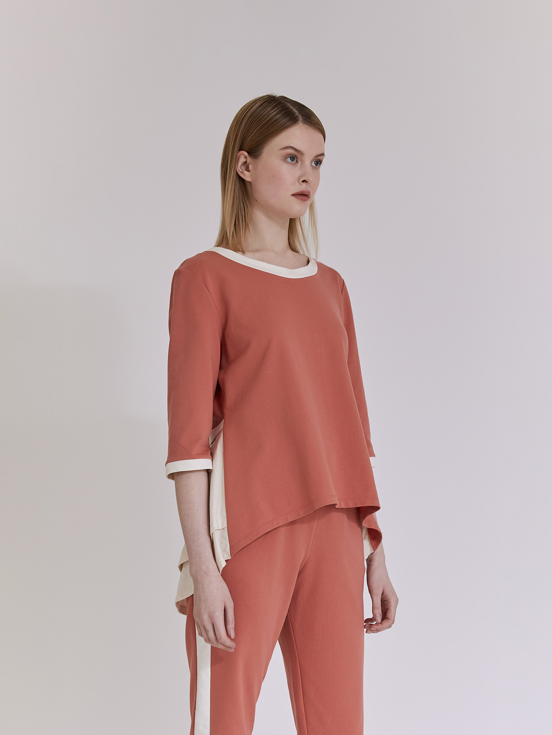 Μπλούζα φούτερ με ασυμμετρία