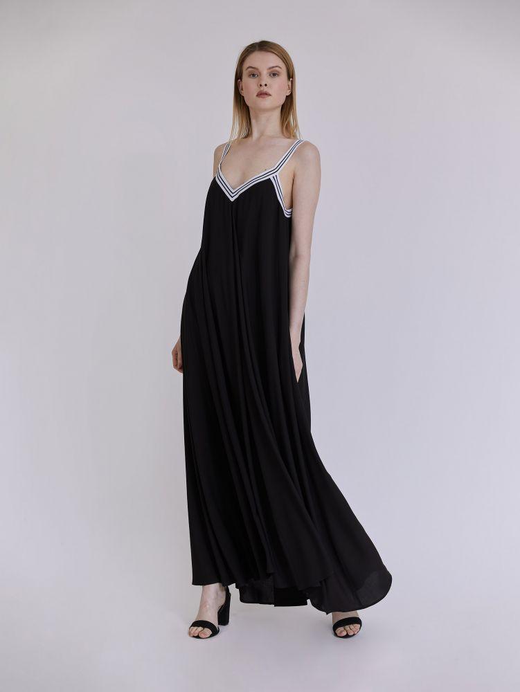 Αμάνικο maxi φόρεμα με τρέσα